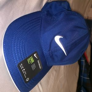 Nike Heritage Bag and Hat
